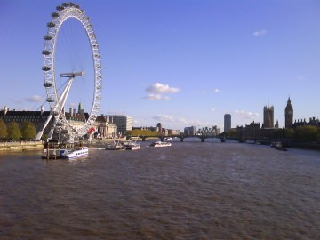 London - Eye, Thames and Parliament